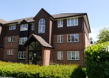 Thumbnail 2 bed flat to rent in Waverley Road, Enfield