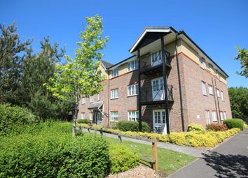 Thumbnail 2 bed flat to rent in Whitsbury House, Twyford Close, Elvetham Heath, Fleet