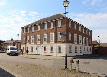 Thumbnail 2 bedroom flat to rent in Kingsgate, Aylesbury