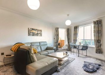 1 bed flat for sale in The Gateway, Watford WD18