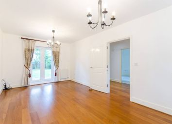 4 bed property to rent in Heatherlea Grove, Worcester Park KT4