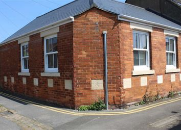 Thumbnail 1 bedroom detached house to rent in Butterworth Street, Swindon