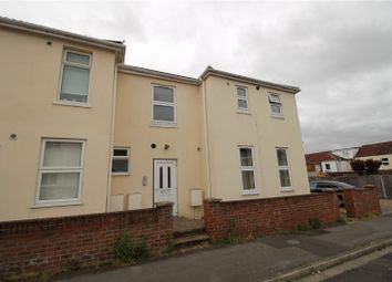Thumbnail Flat to rent in Manor Road North, Southampton, Hampshire