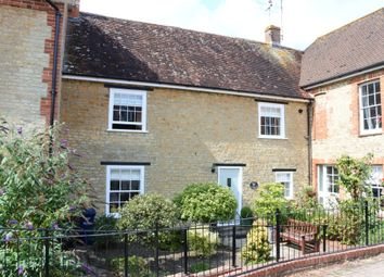Thumbnail 2 bed cottage for sale in Barnaby Mead, Gillingham