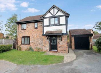 Thumbnail 3 bed detached house to rent in Hunters Oak, Hemel Hempstead
