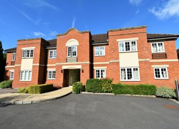 Thumbnail 3 bed flat for sale in Andover Road, Newbury