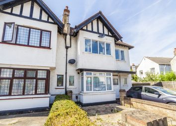 Thumbnail Studio to rent in Luffman Road, Grove Park, London