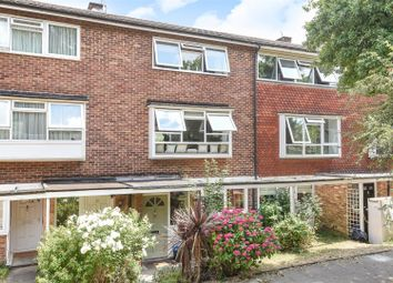2 bed maisonette for sale in Mariner Gardens, Ham, Richmond TW10