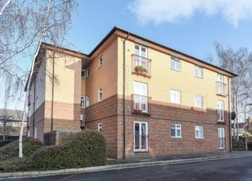 Thumbnail 1 bed flat to rent in Leon Close, East Oxford