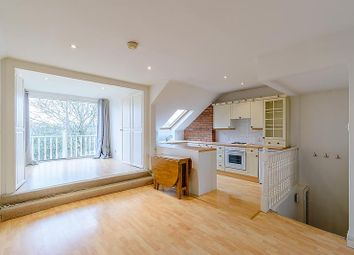 Thumbnail 2 bed flat to rent in Vicarage Road, Hampton Wick, Kingston Upon Thames