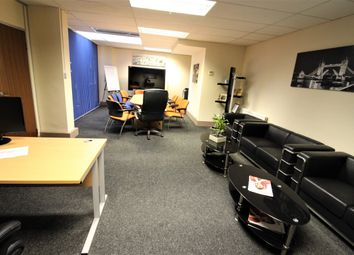 Thumbnail Office to let in High Road, Ilford