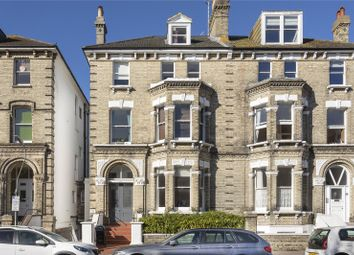 Salisbury Road, Hove, East Sussex BN3. 2 bed flat for sale