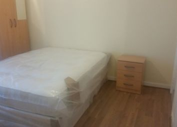 Thumbnail Room to rent in Manor Road, Stratford / West Ham