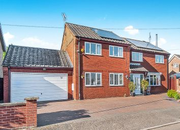 Thumbnail 6 bed detached house to rent in Lebanon Drive, Wisbech