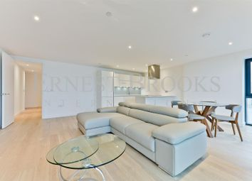 Thumbnail 3 bedroom flat to rent in Horizons Tower, Canary Wharf