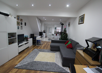 Thumbnail 2 bed detached house to rent in Tennyson Road, London