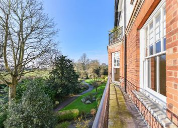 Thumbnail 4 bed flat to rent in Highgate West Hill, London