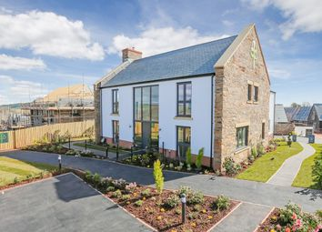 Thumbnail 5 bedroom detached house for sale in Courtfield, Totnes