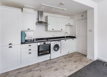 1 bed flat to rent in Temple Wood Drive, Monson Road, Redhill RH1