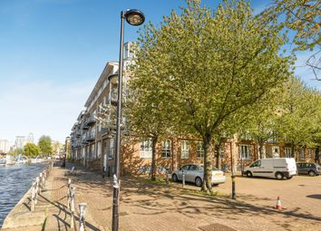 Thumbnail 2 bed flat for sale in Rainbow Quay, London