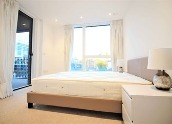 Thumbnail 2 bed flat to rent in 11 Rochester Place, London