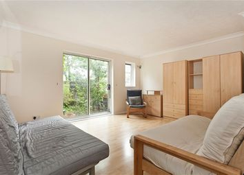 Thumbnail 1 bed flat to rent in Oxley Close, London