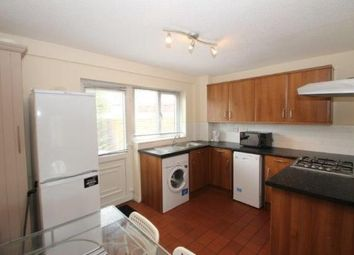 2 bed property to rent in Hunters Place, Spital Tongues, Newcastle Upon Tyne NE2