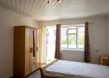 Thumbnail 3 bedroom flat to rent in Athlone House, Sidney Street, Whitechapel