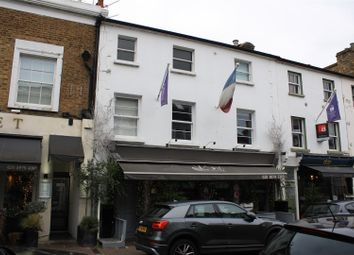 1 bed property to rent in Bridge Road, East Molesey KT8