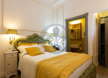 Thumbnail Hotel/guest house for sale in Via Del Proconsolo, Florence City, Florence, Tuscany, Italy