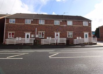 Thumbnail 2 bedroom flat to rent in Minsthorpe Lane, South Elmsall, Pontefract