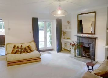 Thumbnail 2 bed flat to rent in 4 Middleton Grove, London
