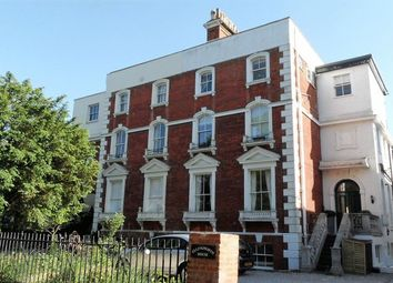 Thumbnail 2 bed flat to rent in Palace Road, East Molesey