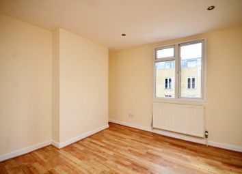 Thumbnail 1 bed flat to rent in Choumert Road, Peckham Rye