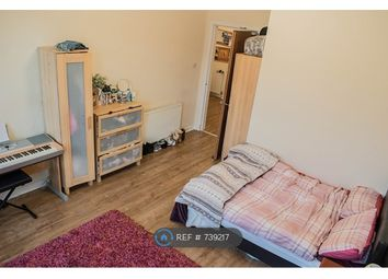 Thumbnail 4 bed flat to rent in Willowbank Crescent, Glasgow