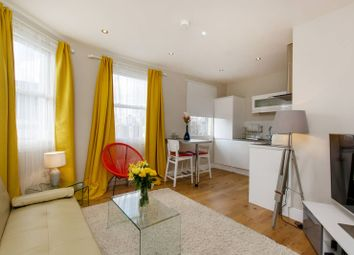 Thumbnail 1 bed flat to rent in Falcon Road, Clapham Junction