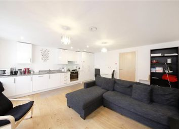 Thumbnail Parking/garage to rent in Fulneck Place, London