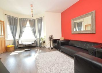 3 bed property for sale in Waverley Crescent, London SE18