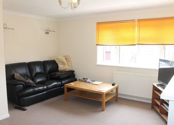 Thumbnail 2 bedroom flat to rent in Clifton Close, Cheshunt, Waltham Cross