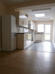 Thumbnail 6 bed terraced house to rent in Manor Rd, West Ham