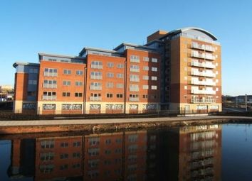Thumbnail 2 bed flat to rent in Waterside Way, Wakefield