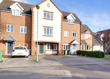 Thumbnail 4 bed town house to rent in Evenlode Drive, Didcot