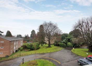 Thumbnail 3 bed flat to rent in Sandrock Road, Tunbridge Wells