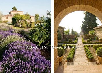 Thumbnail 7 bed villa for sale in Castelnuovo Berardenga, Tuscany, Italy