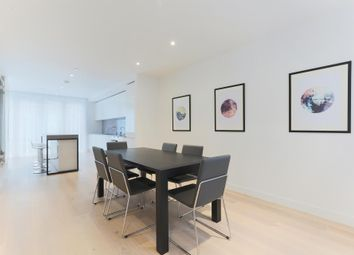 Starboard Way, Royal Wharf, London E16. 3 bed town house