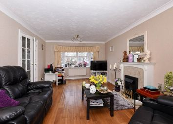 Thumbnail 4 bed property to rent in Gold Close, Broxbourne