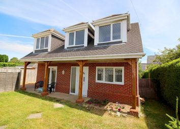 Thumbnail 2 bed detached house to rent in Hunts Pond Road, Fareham