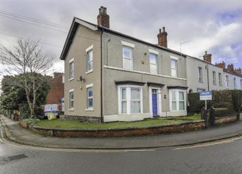 2 bed flat to rent in Cross Street, Chesterfield S40