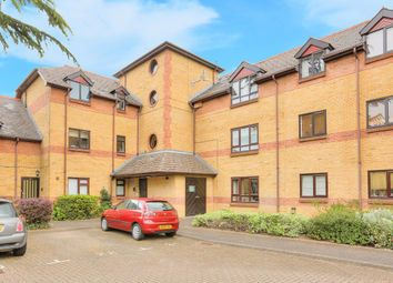 Thumbnail 1 bed flat to rent in Brooklands Court, Hatfield Road, St.Albans