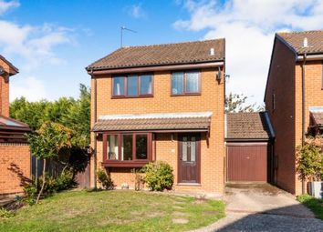 Thumbnail 3 bed link-detached house for sale in Lightwater, Surrey, United Kingdom